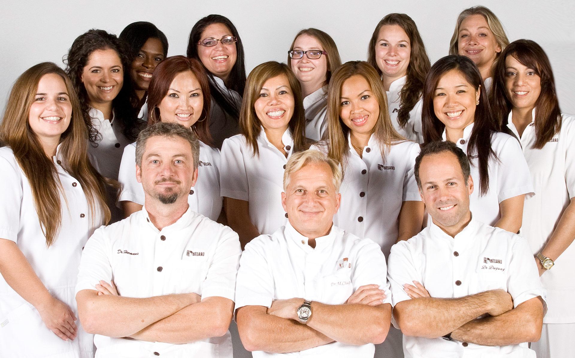 L'équipe de la Clinique de greffe de cheveux Bédard à Montréal